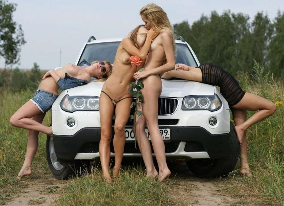 этом парень фото голых русских девушек и машин оказалось, что